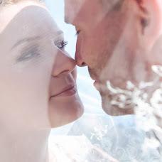 Wedding photographer Anton Strizhak (Strizhak). Photo of 14.04.2016