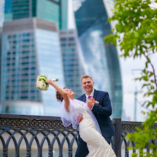 Wedding photographer Aleksandr Mayskiy (xl1984). Photo of 10.08.2017