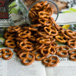 Spicy Macadamia Pretzels…& A Healthy Tailgate Recipe Roundup!.