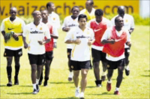 PREPARING: Kaizer Chiefs players in a training session at Nature in Johannesburg  yesterday. Chiefs take on Bay United at Olympia Park Stadium on Suday. 11/12/2008. Pic. Antonio Muchave.   © Sowetan.