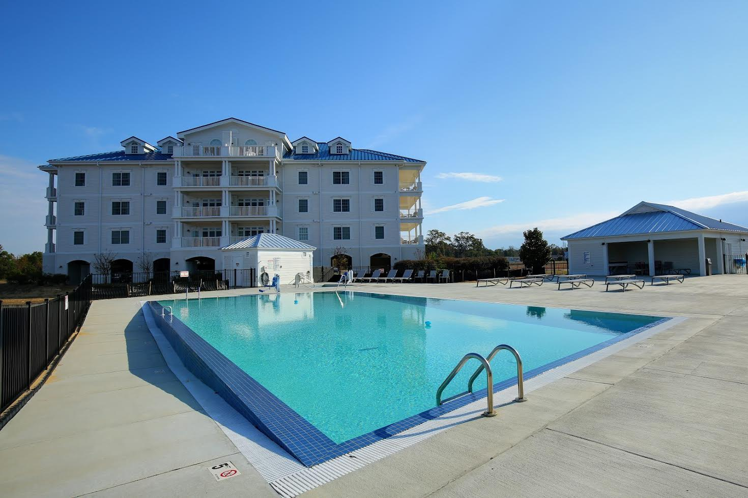Waterside Resort Picture Number 11