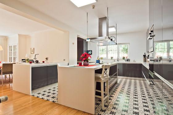 Vente villa 10 pièces 1166 m2