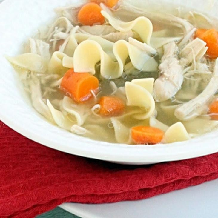 {Crock Pot} Chicken Noodle Soup Recipe