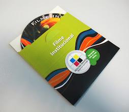 Photo: Capa simples para discos (CD, DVD).