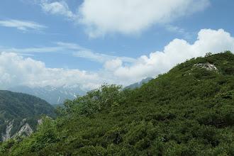 中央奥に針ノ木岳、左に立山連峰