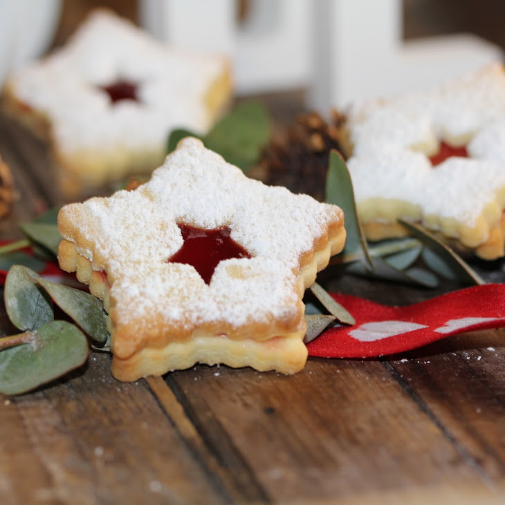 Cut-Out Raspberry Jam Christmas Cookies
