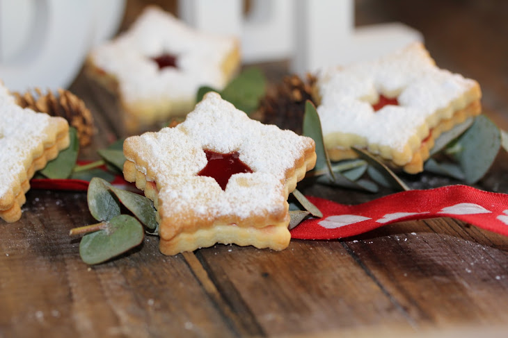 Cut-Out Raspberry Jam Christmas Cookies Recipe