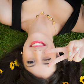 Peace. by Eliani Miranda - People High School Seniors ( vertical, nail, lawn, colorful, nailpolish, daisy, yellow, cute, pretty, eyes, hand, girl, nature, happy, gold, smile, flowers, hair, black, grass, teen, green, wink, colors, lipstick, triangle, female, fingers, dress, peace, brown, necklace )