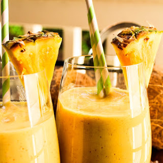 Tropical Pineapple Smoothie With Flax Seeds