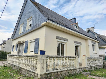 maison à Roudouallec (56)