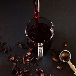 Hibiscus Tea & Guide To Medicinal Teas