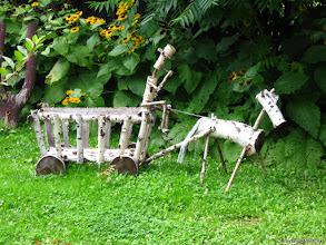 """Photo: """"Zaprzęg"""" - w jednym z ogródków w Gruszkowie (k. Jeleniej Góry)"""