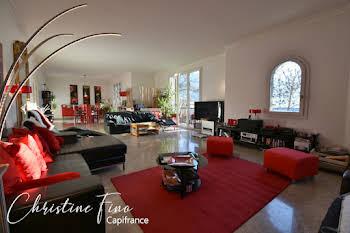 Appartement 4 pièces 163 m2