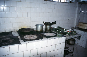 Photo: 03409 二連/市街/食堂の台所