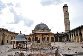 Photo: A view of the famous minaret of the Umayyad mosque located in the al-Jalloum district of the Old City of Aleppo, Syria. The 11th century minaret, one of the world's oldest, was totally destroyed by government shelling during a battle with Syrian rebel fighters on April 24, 2013. Aleppo, SYRIA - 11/4/2013. Credit: Ali Mustafa/SIPA Press