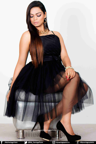 Khushie in black dress, Khushie hot photos