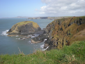 Photo: From St David's to Abercastle (Ynys-fach)