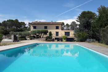 Villa 10 pièces 281 m2