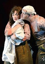 Photo: WIEN/ Akademietheater: DER TALISMAN von Johann Nestroy. Premiere 2. März 2013. Inszenierung: David Boesch. Regina Fritsch, Andre Mayer. Foto: Barbara Zeininger.