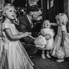 Wedding photographer Sara Kirkham (pixietteinthece). Photo of 26.07.2017