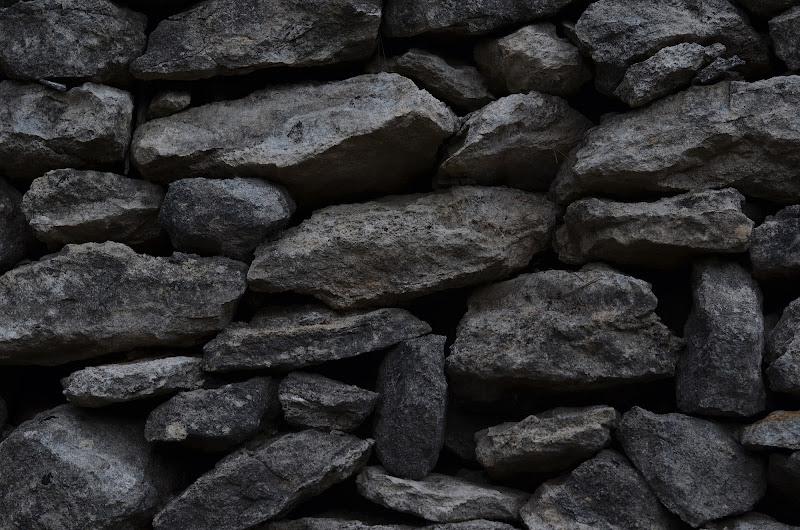 pietra dopo pietra di Primula Vico