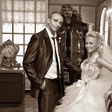 Wedding photographer Viktor Orlov (orlov1957). Photo of 13.08.2014