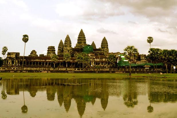 Au-delà d'Angkor