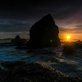 early morning at papuma by Julianto Soeroso - Landscapes Sunsets & Sunrises