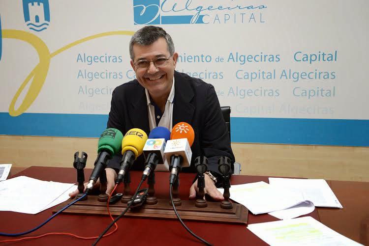 Ciudadanos pide explicaciones a Luis Ángel Fernández sobre su citación en el caso de la estiba