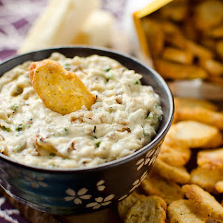 Whitei Cheddar & Caramelized Onion Dip
