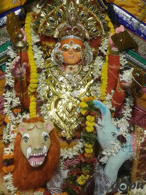 Raja Rajeswari Besha of Maa Bhadrakali