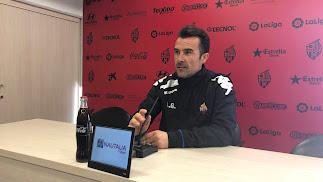 López Garai en rueda de prensa.