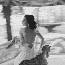 Wedding photographer Liliya Gorlanova (LiliyaGorlanova). Photo of 02.07.2014