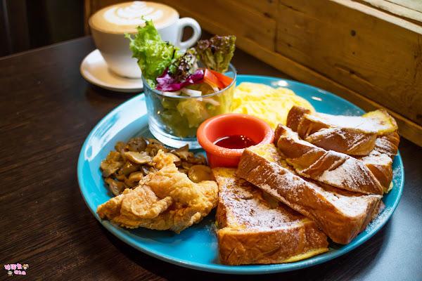 非常有特色的美式餐廳,與朋友早午餐聚餐的好所在,近雄商 - Cozy Diner 可里小餐館