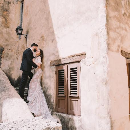 Wedding photographer Aleksey Kryuchkov (AK13). Photo of 15.02.2018