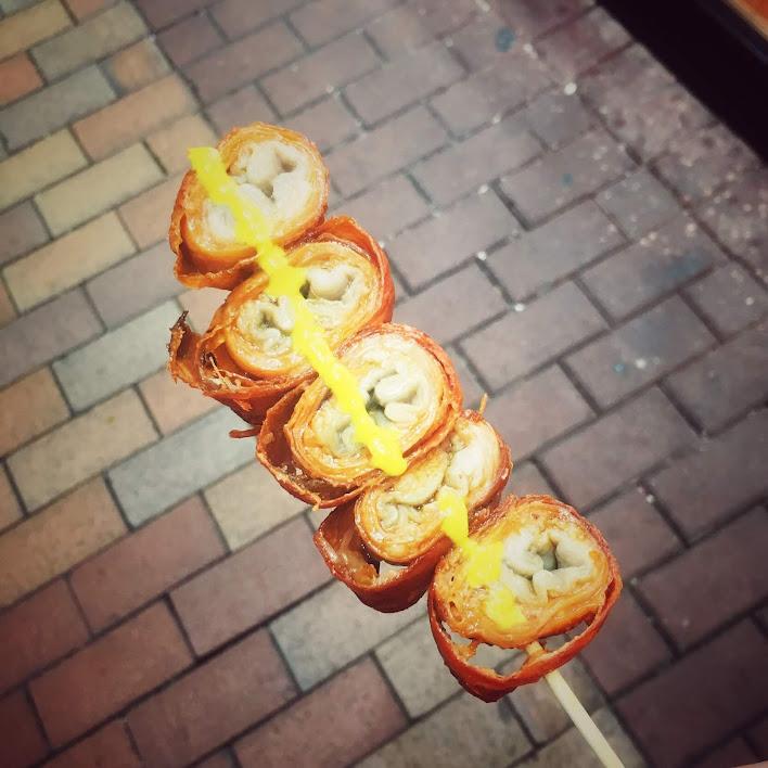 Snack, street food, hong kong, pork intestine, fried, pig intestine, skewer, Sham Shui Po, 豬大腸串, 深水埗, 宵夜, 小食, 街頭