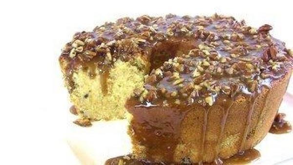 Carolyn's Caramel Pecan Pound Cake Recipe