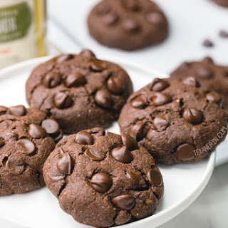 Chocolate Coconut Flour Cookies.