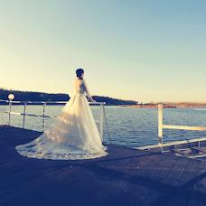 Wedding photographer Vladimir Popov (Photios). Photo of 01.10.2015