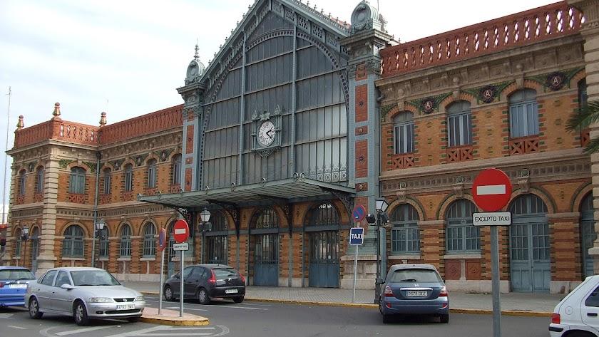 La vieja estacion del tren, un ejemplo de la arquitectura del hierro y el cristal