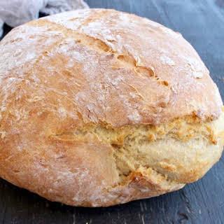 Easy Crusty Vegan Bread.