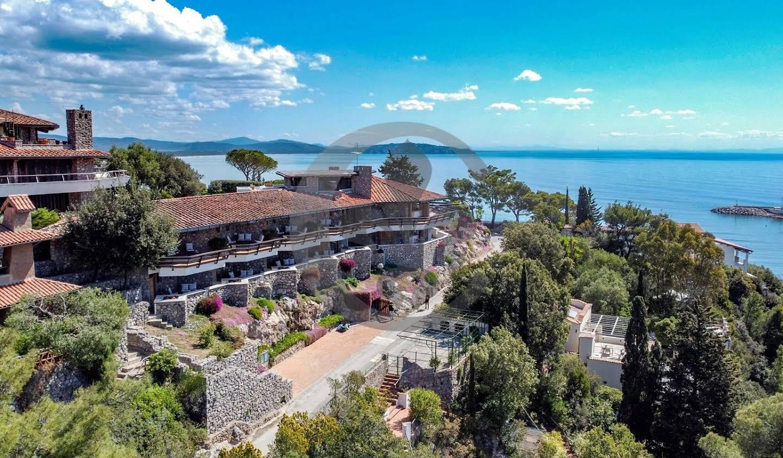Villa en bord de mer avec jardin Poggio Pertuso