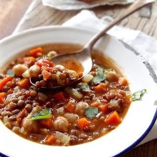 Rustic Italian lentil soup