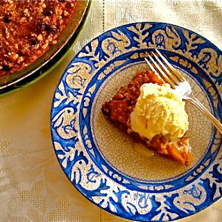 APPLE-MATZOH PUDDING CAKE