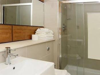 Drybrough Apartment