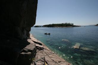 Photo: Mit dem Boot geht es