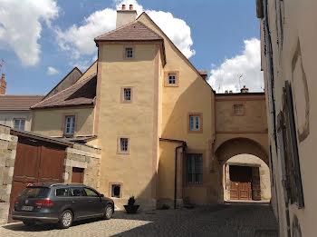 hôtel particulier à Arnay-le-Duc (21)