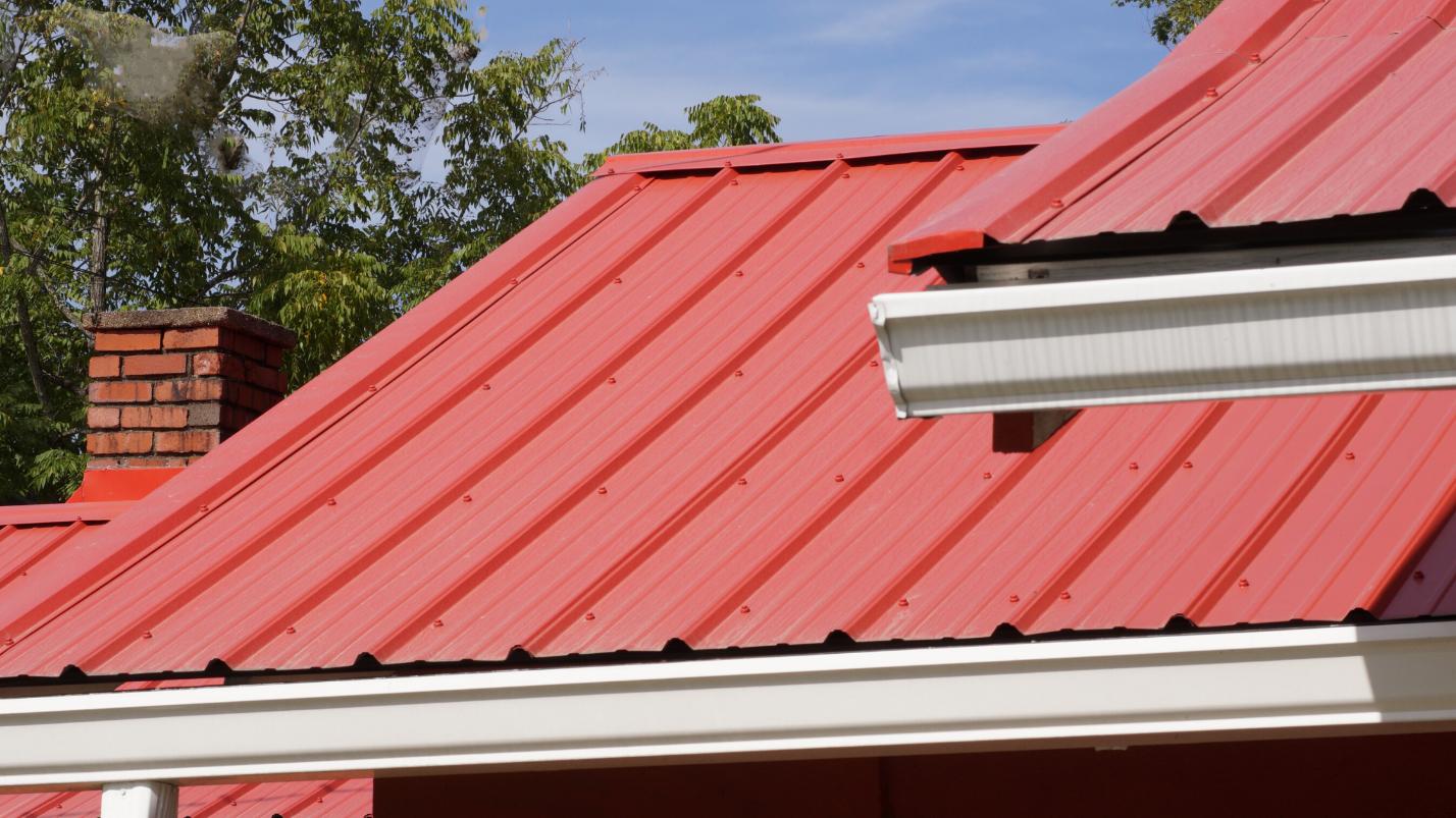 Diềm mái giúp chống tạt nước mái nhà