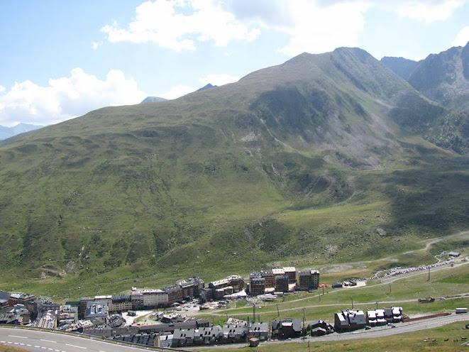 Bài số 5. Từ Toulouse , vượt qua dãy núi Pyrenees