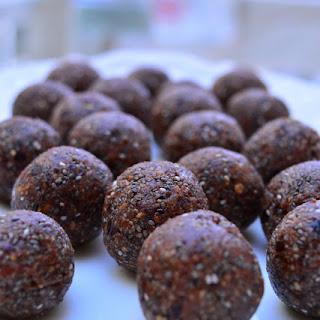 Chocolate Chia Energy Bites (nut free)